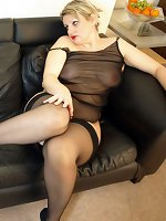 MILF in sexy black nightie and stockings